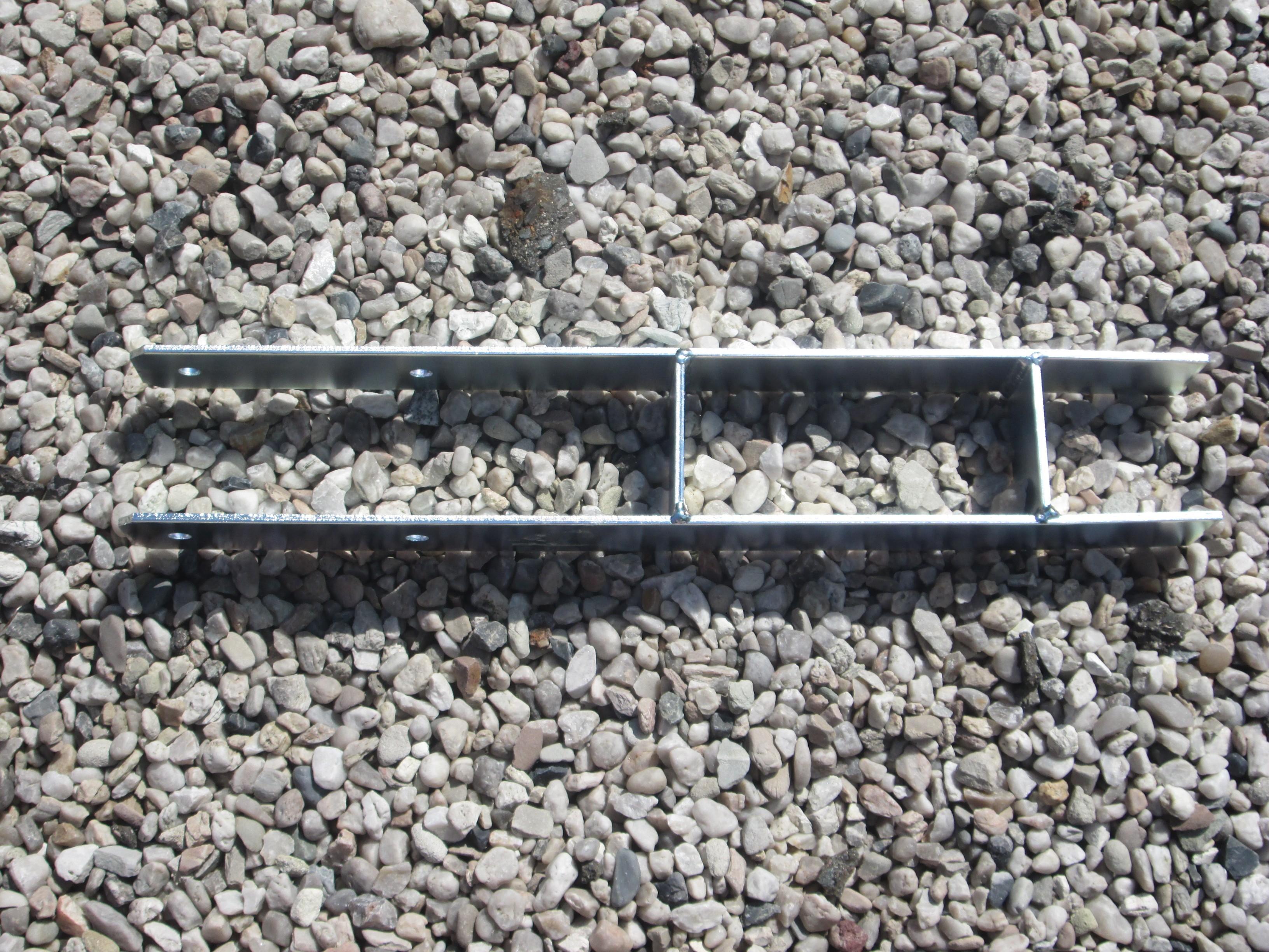 Dvojitý betonový úchyt D902